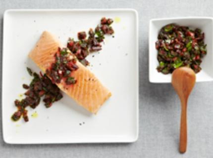 Saumon mi-cuit et salsa de betterave
