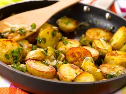 Pommes de terre sautées au basilic