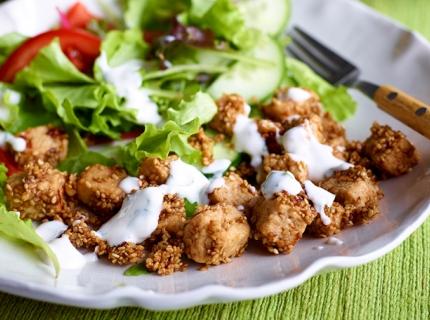 Salade thaï aux dés de Quorn et dressing au yaourt