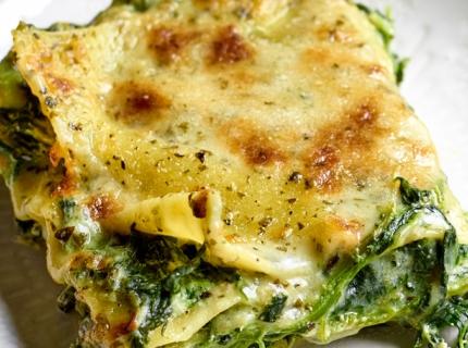 Lasagne à la ricotta, épinards et pesto