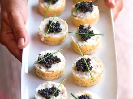 Mini bouchées tricolores au caviar