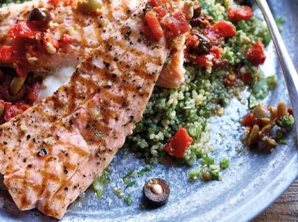 Saumon grillé et salade de quinoa