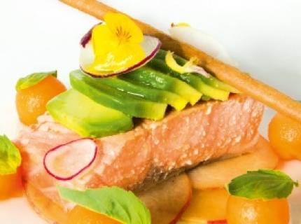 Saumon confit pêche & melon