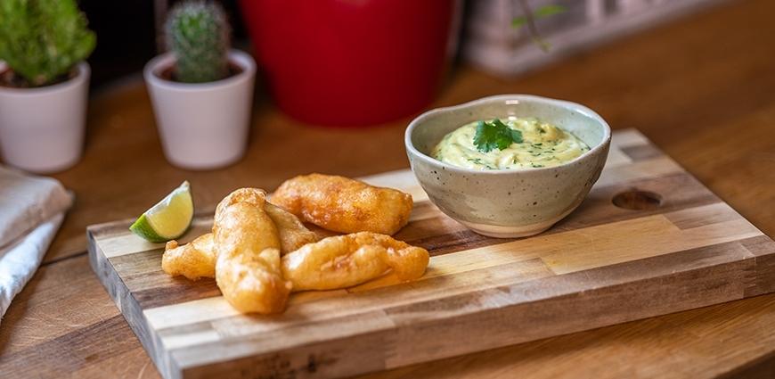 Beignets d'églefin au citron vert et sa sauce mayonnaise coriandre et curry